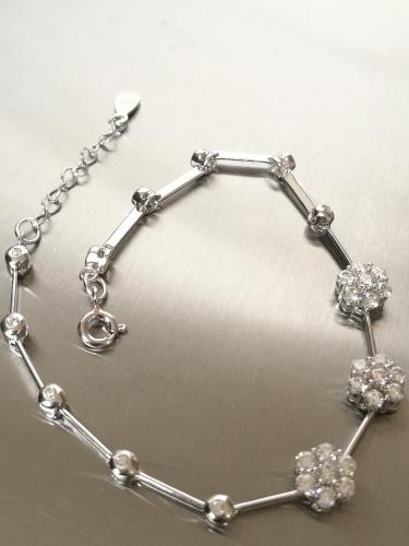Armkette mit Blüten aus Zirkonia – Sterlingsilber 925 – ca.5 g Armband K02