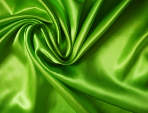 leichte Seide uni 16 Mommé - grasgrün – Meterware