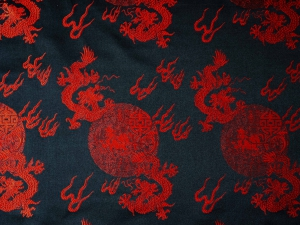 China Brokat Drache schwarz / rot - Meterware